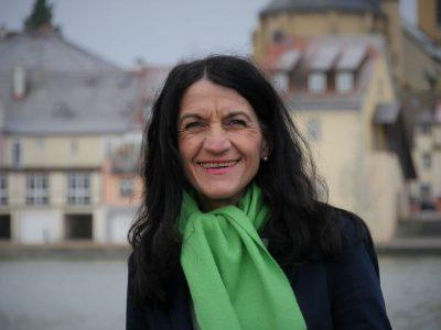 Andrea Schmidt am Stadtbalkon